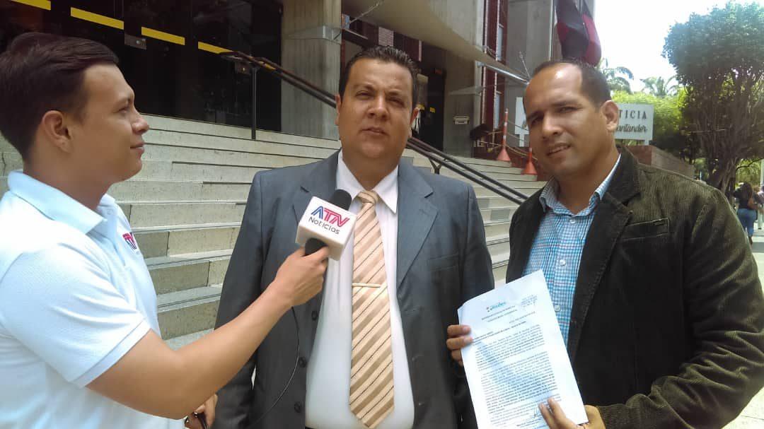 """Tarazona: """"grupos irregulares reclutan por la fuerza a caminantes venezolanos que huyen de la crisis"""""""