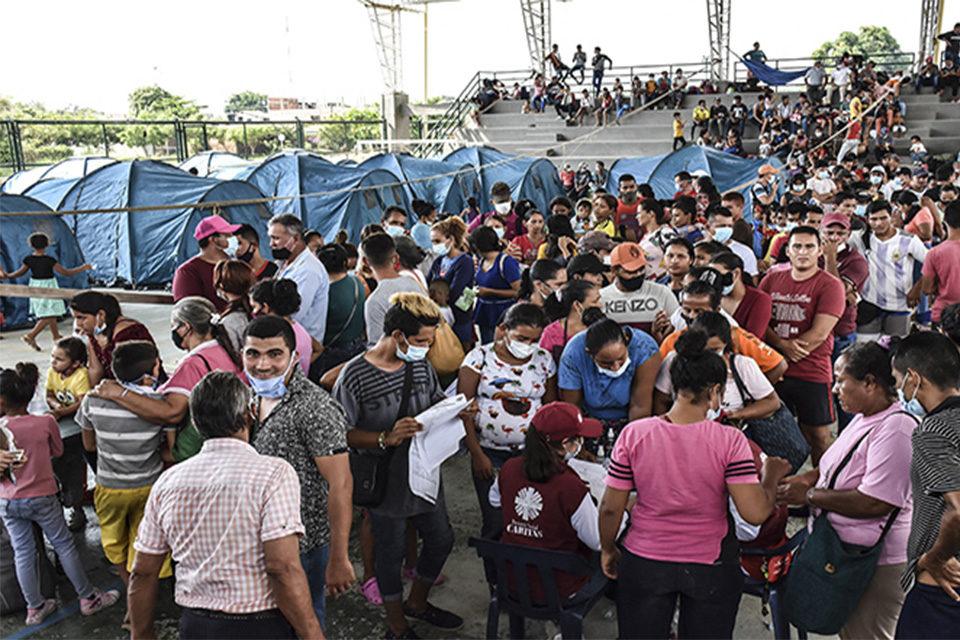 """FundaRedes: """"Venezolanos huyen hacia Colombia debido a la violencia de grupos armados y funcionarios en frontera"""""""